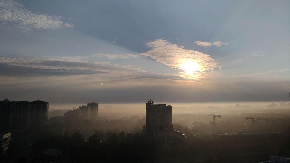 2018-08-foggy-sunset